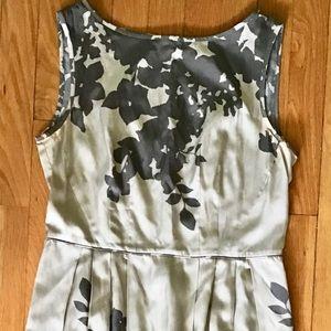 Banana Republic silk print sleeveless dress size 8
